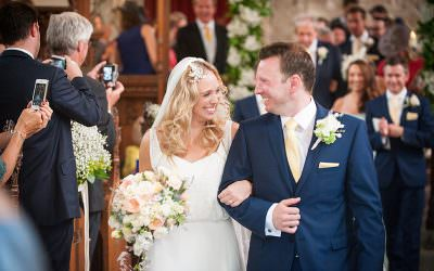 Castle wedding in Gloucestershire – Ellen & Charlie Love