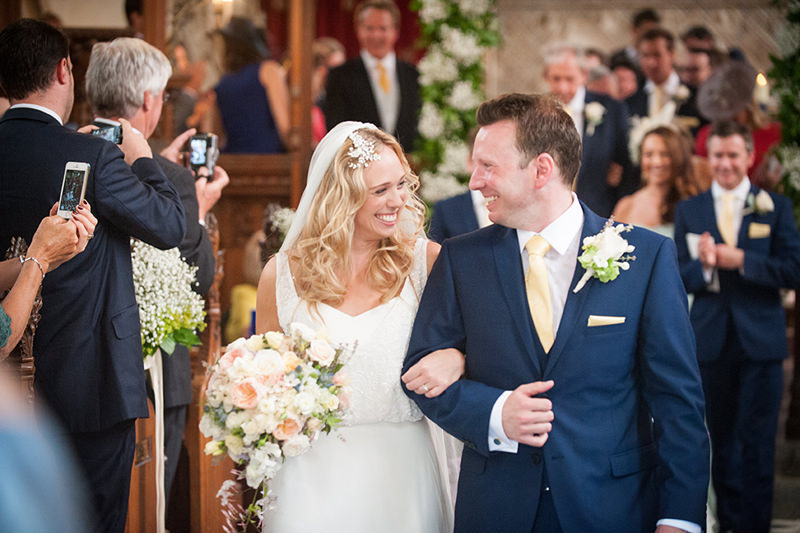 Castle wedding in Gloucestershire – Ellen & Charlie Love